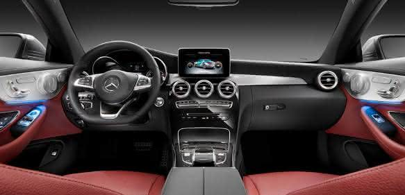 Interieur der Mercedes Benz C-Klasse