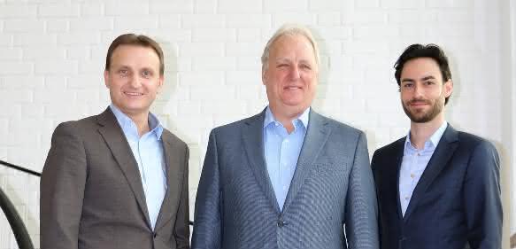 Helmut Pirthauer, Richard S. Warzala, Steffen Hirsch