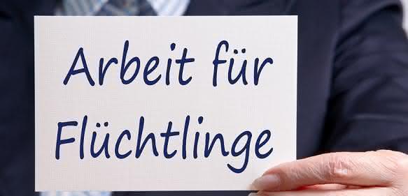 Eine Win-Win-Situation schaffen für Flüchtlinge und Unternehmen ist ein Anliegen von Kunststoffland NRW. (Bild: Fotolia)