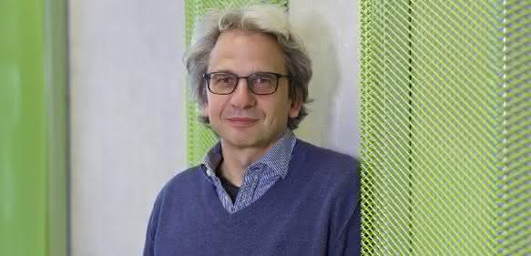 Prof. Dr. Thomas Mayer.