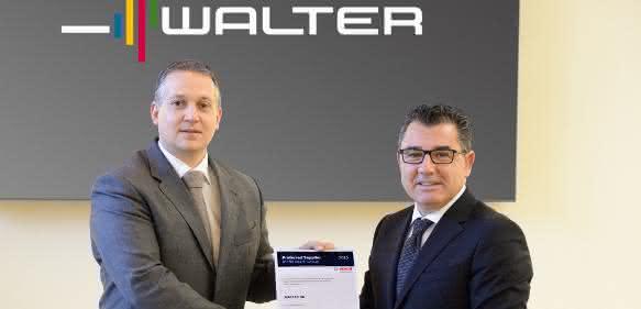 """Übergabe des Bosch-Zertifikat """"Preferred Supplier"""" an Mirko Merlo"""