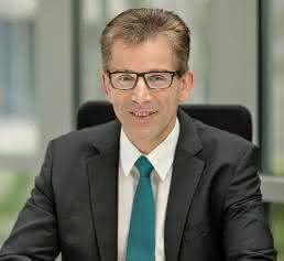 Dr. Matthias Laux