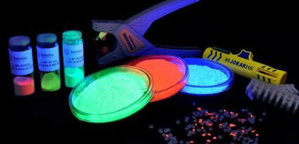 Produktschutzsystem: Lumineszenzpigmente ermöglichen Identifikation von Markenprodukten