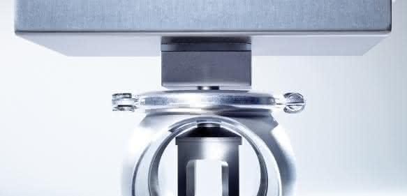 Die LiquiSonic® Inline-Analysenmessstechnik von SensoTech überwacht in Rohrleitungen oder Behältern hochpräzise die Konzentration von Getränken und flüssigen Lebensmitteln und stellt die Messdaten online und in Echtzeit zur Verfügung.