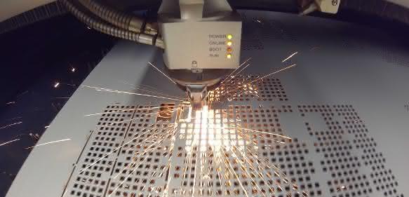 Aherhammer macht mehr einbaufertige Teile