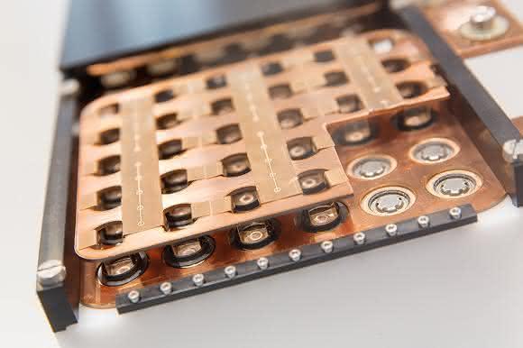 Kunststoff und Metall per Faserlaser verbinden