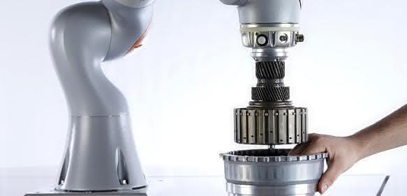 Kuka Leichtbauroboter auf der Automatica
