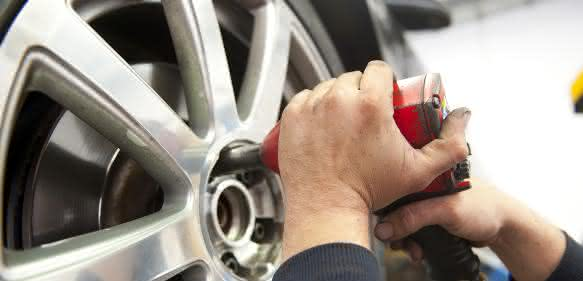 SKF Autofahrertipp Reifenwechsel