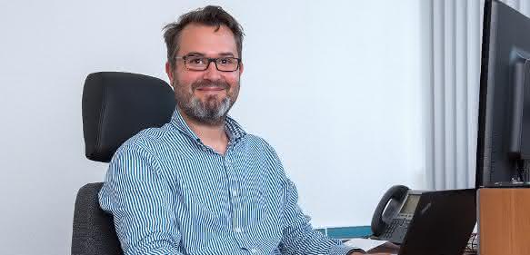Prof. Sven Grundmann