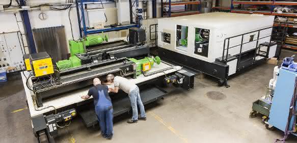 Fertigung der Hebezeuge, Fahrwerke und Einhausungen bei Stahl Crane Sytems in Künzelsau