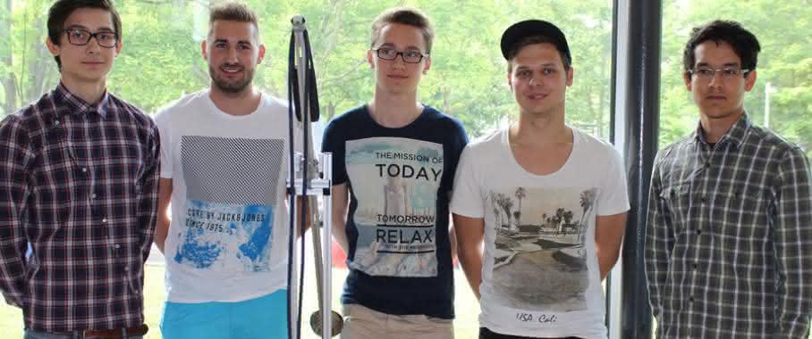 Siegerteam Konstruktionswettbewerb Schunk