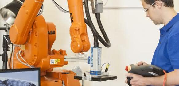 Roboterbasiertes Prüfsystem