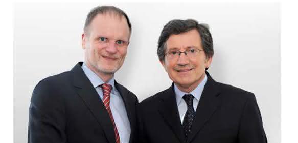 Thomas Brüser (l.) übergibt die Geschäftsführung an Luigi Adriano (r.)