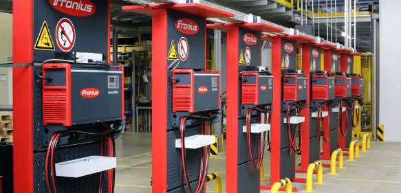 Sicherheit beim Batterieladen: Knallgas-Gefahr wird unterschätzt