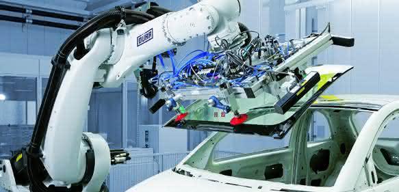Die Chinesen greifen zu den Robotern: Verdoppelung bis 2017