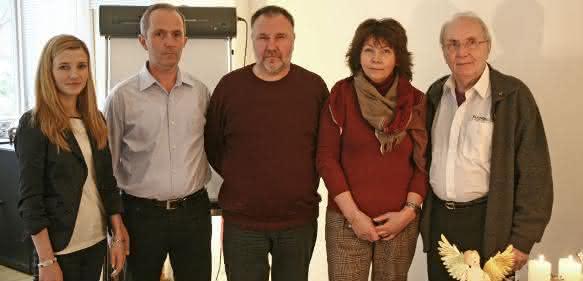 Tatiana Polomoshnov, Horst Linn jr, Oleg Sheshukov nebst Gattin und Horst Linn sen.