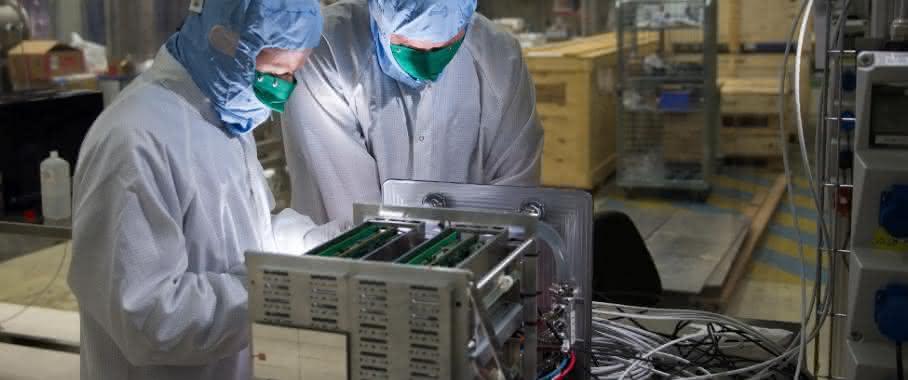 Mit ultrakurzen Momentaufnahmen zum Molekülkino: Ultraschneller Röntgendetektor erfolgreich getestet
