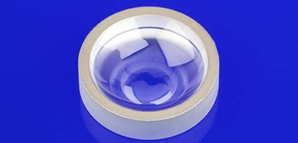 Saphir-Schaugläser: Lichtdurchlässig und unempfindlich