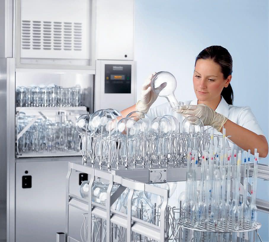 Großraum-Reinigungs- und Desinfektionsautomat