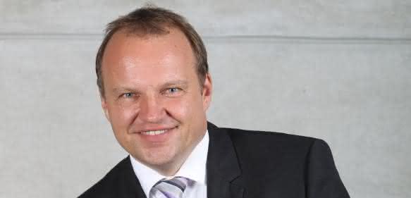 Dr. Rolf Döbereiner
