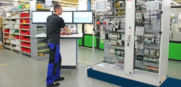 Komplette Maschinensteuerungen für den Nordamerika-Export: Eaton intensiviert Kooperation mit SAE