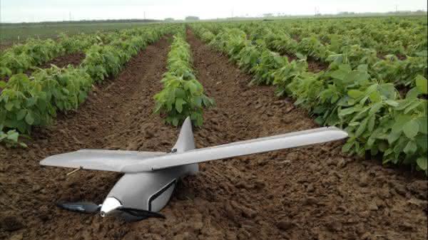Entwicklung, Elektrotechnik, Software und CAD-Konstruktion vernetzt: PTC Creo beschleunigt Entwicklungszeit von Drohnen