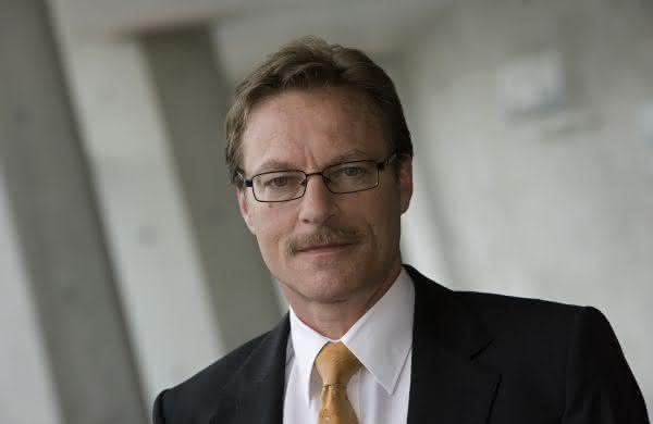 Gruppe schließt Neuausrichtung ab: Rainer Schmückle wird neuer CEO beim Automobilzulieferer MAG IAS