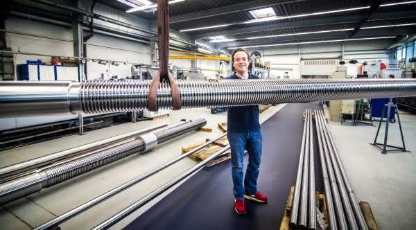 Superlative im Jubiläumsjahr: Bornemann fertigt größte Gewindespindel