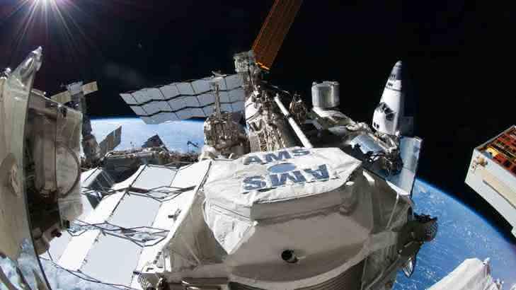 Detektor AMS (Alpha-Magnet-Spektrometer) auf der Internationalen Raumstation ISS