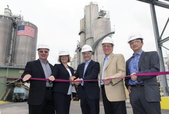 Gefällte Kieselsäure: Evonik nimmt Anlagenerweiterung in Chester, Pennsylvania, in Betrieb