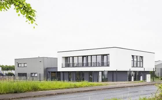Neues Firmengebäude der Contura MTC