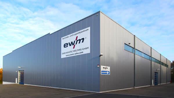 Optimierung der Vertriebstruktur: EWM integriert Tochtergesellschaft in AG