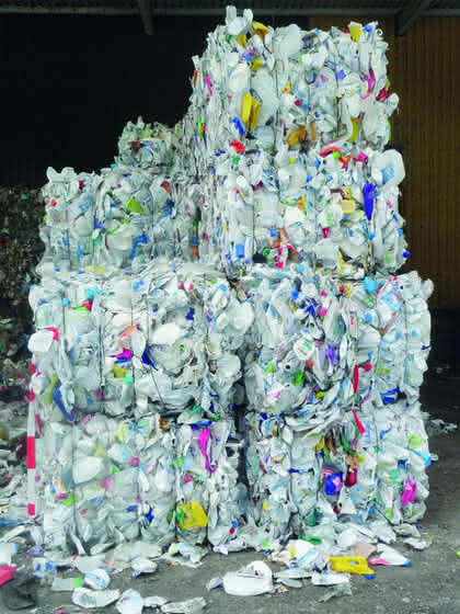 Vom Post-Consumer Abfall zur neuwertigen Ware: Eine zweite Chance für stark verunreinigte Kunststoffabfälle