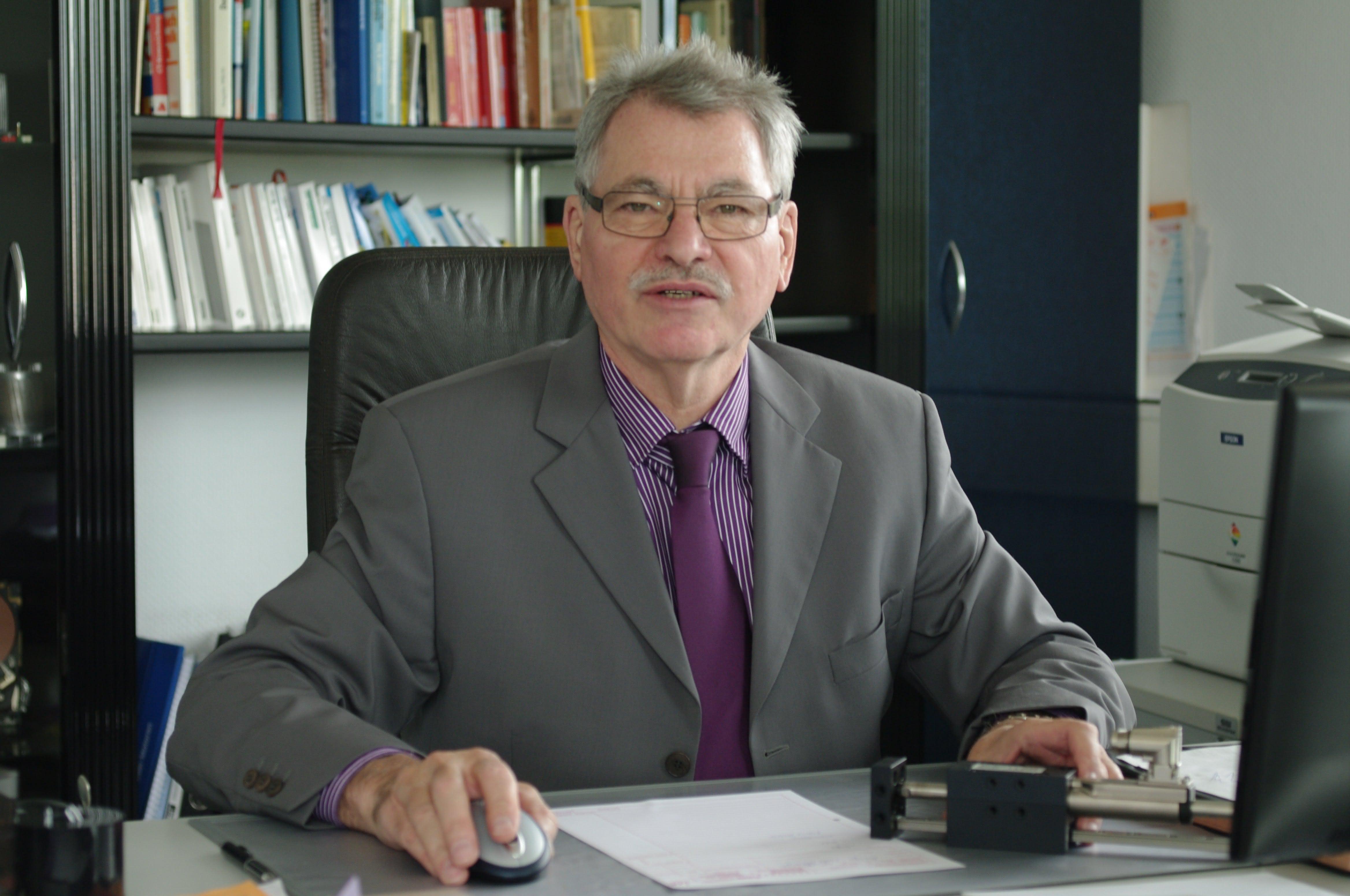 Jung im Jubiläums-Jahr:: Spezialist für Dynamik