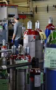 Zertifizierte Kalibriergase für Prozess-GCs: Kurze Lieferfristen für gängige Gasgemische