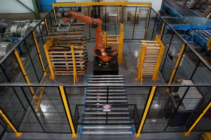 Schutzzaun: Hält Robotern stand
