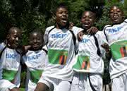 """Meet the World""-Turnier: SKF fördert Nachwuchskicker aus 75 Ländern"