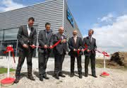 Investition in umweltfreundliche Produktion: Sick Stegmann weiht neues Produktionsgebäude ein
