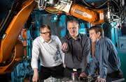 Revolution in der industriellen Verbindungstechnik: Kleben mit vorappliziertem Klebstoff
