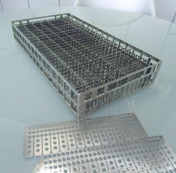 LK Mechanik auf der parts2clean: Elektropolierte Edelstahl-Waschkörbe