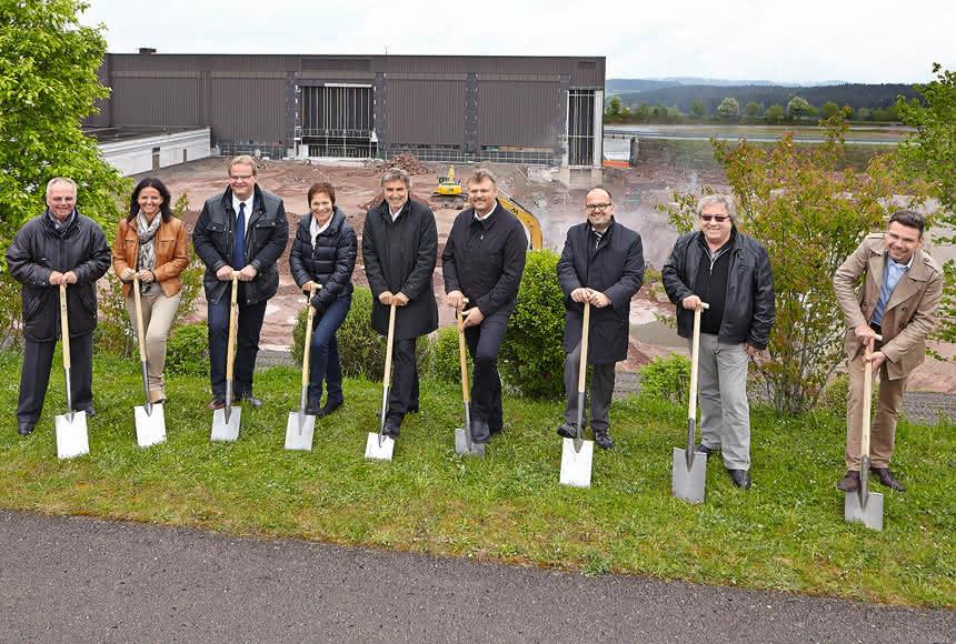 Arburg erweitert Fabrikation: Öko-Bau für die Spritzgießer