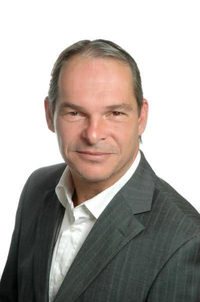Hersteller von IPC mit Multitouch-Bedienung auf Wachstumskurs: Axel Martin verstärkt Vertrieb bei Soredi Touch Systems