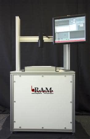 Inspektionssystem in der Ausführung als Labortisch