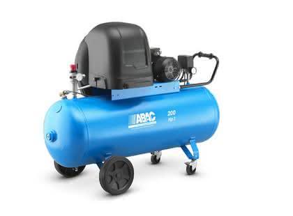 Kolbenkompressoren: Mit einstufigem Riemenantrieb