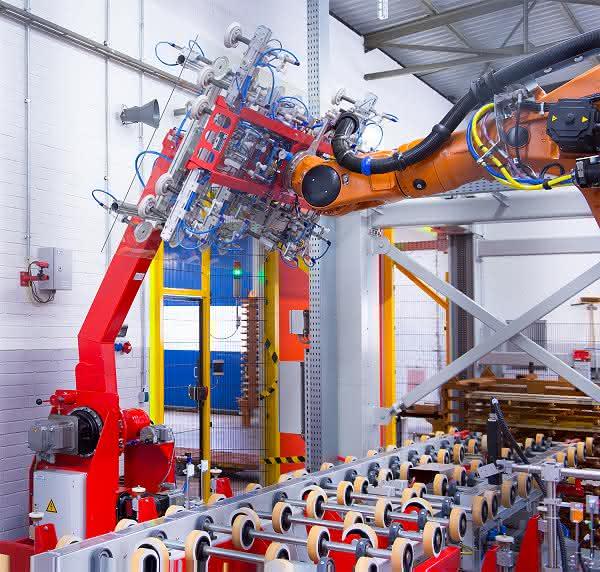 Roboter-Technik ermöglicht die Automatisierung der Polymerisation