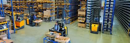 Lagertechnik: Flurförderzeuge und Software