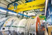 Demag-Krane für Siemens Gasturbinen:: Krafttechnik für russische Turbinenproduktion
