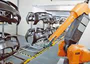 Robotertechnik in der Lackierstraße: Drehen, drehen - den ganzen Tag