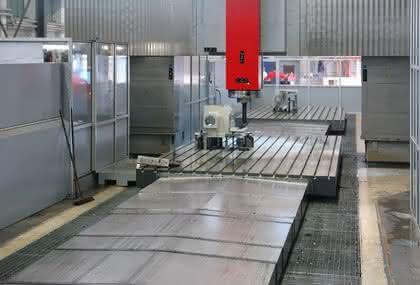 Portalfräsmaschine: Bis zu fünf Achsen
