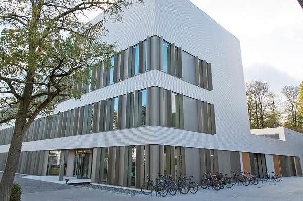 Magnete, Moleküle, Materialien: Neues Forschungs- und Laborzentrum M³